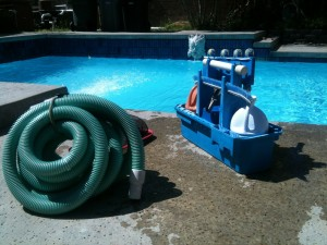 pool-cleaning-330399_1280