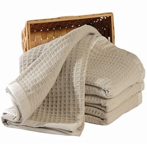 Fibres naturelles dans la maison : laine mérinos pas La Ferme du Mohair