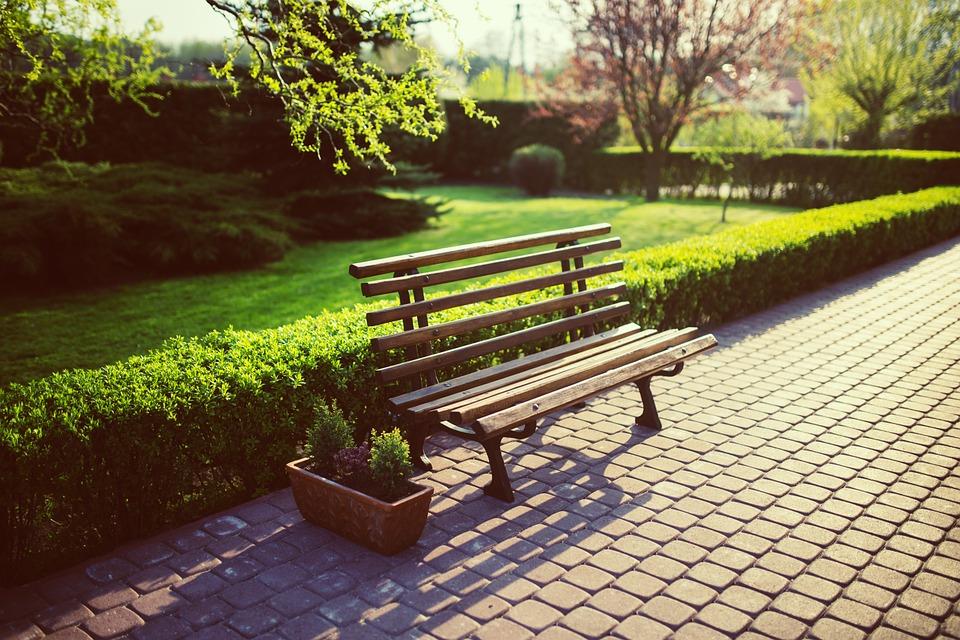bench-791852_960_720